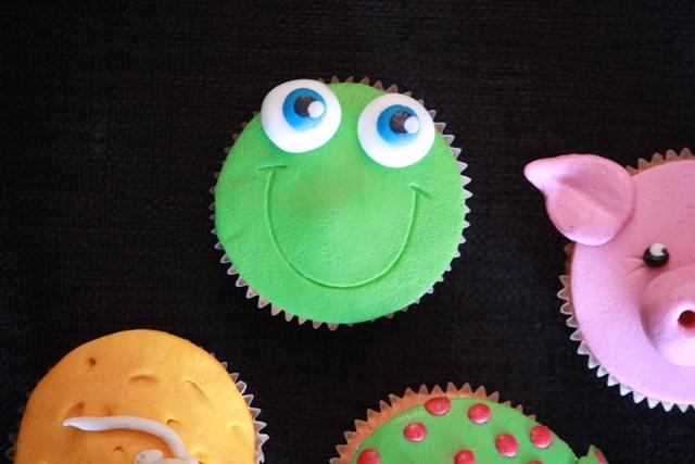Cupcake_b_dieren_kikker.jpg