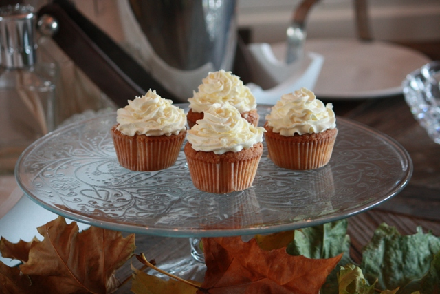 Cupcakes_e_toef_swirl_citroen_4.jpg