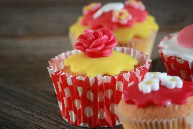 Cupcakes_f_pip_roosje_zijkant.jpg