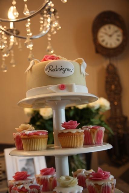 Cupcakes_opening_Redsigma_3.jpg