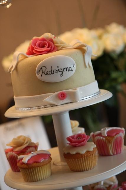 Cupcakes_opening_Redsigma_9.jpg